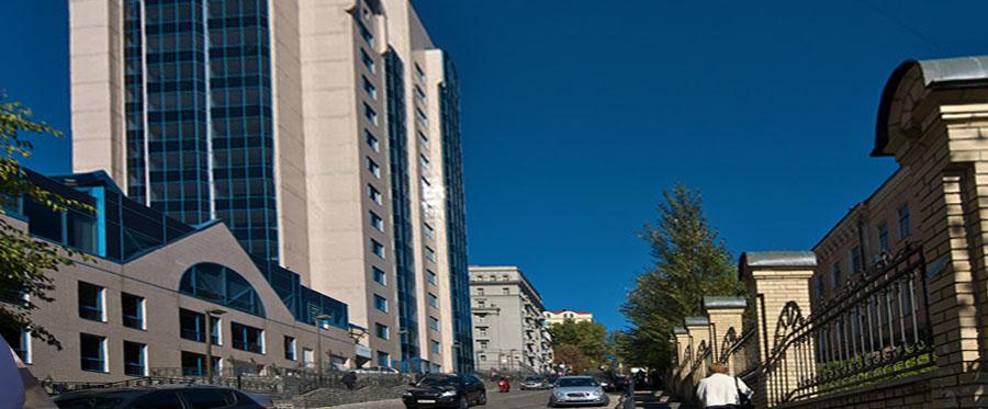 Оренда офісу в прибудові до основної будівлі бізнес центру