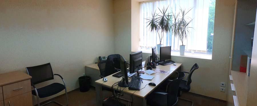 Оренда приміщень в бізнес центрі на 1 поверсі площею 110 кв м