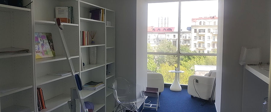 Rent office in the business center with an area of 30 sq m and 45 sq m
