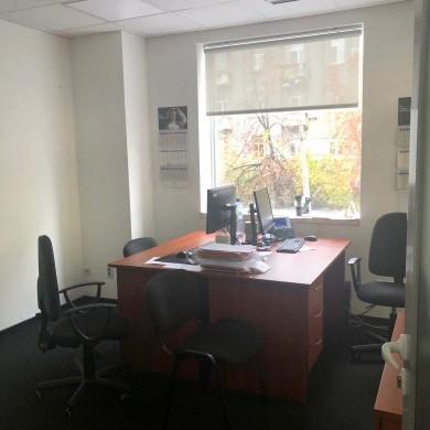Аренда офиса в пристройке к основному зданию бизнес центра площадью 292,4 кв.м.