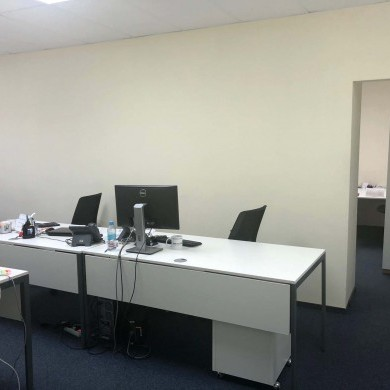 Оренда приміщень в бізнес центрі на 1 поверсі площею 120 кв м