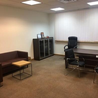 Оренда приміщень в бізнес центрі площею 114 кв м