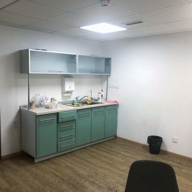 Rent office in the business center with an area of 324 sq m on the 1st semibasement floor