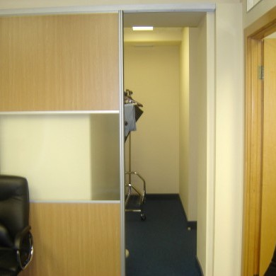 Rent office in the business center on the 10th floor with an area of 234 sq m