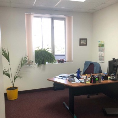Rent office in the business center with an area of 270 sq m