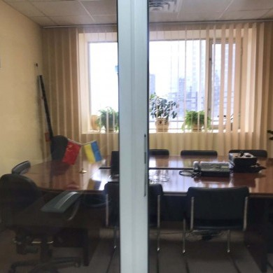 Rent office in the business center with an area of 155 sq m