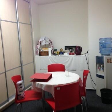 Аренда офиса в бизнес центре на 4 этаже площадью 98 кв м